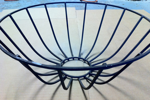 wire basket before spray paint